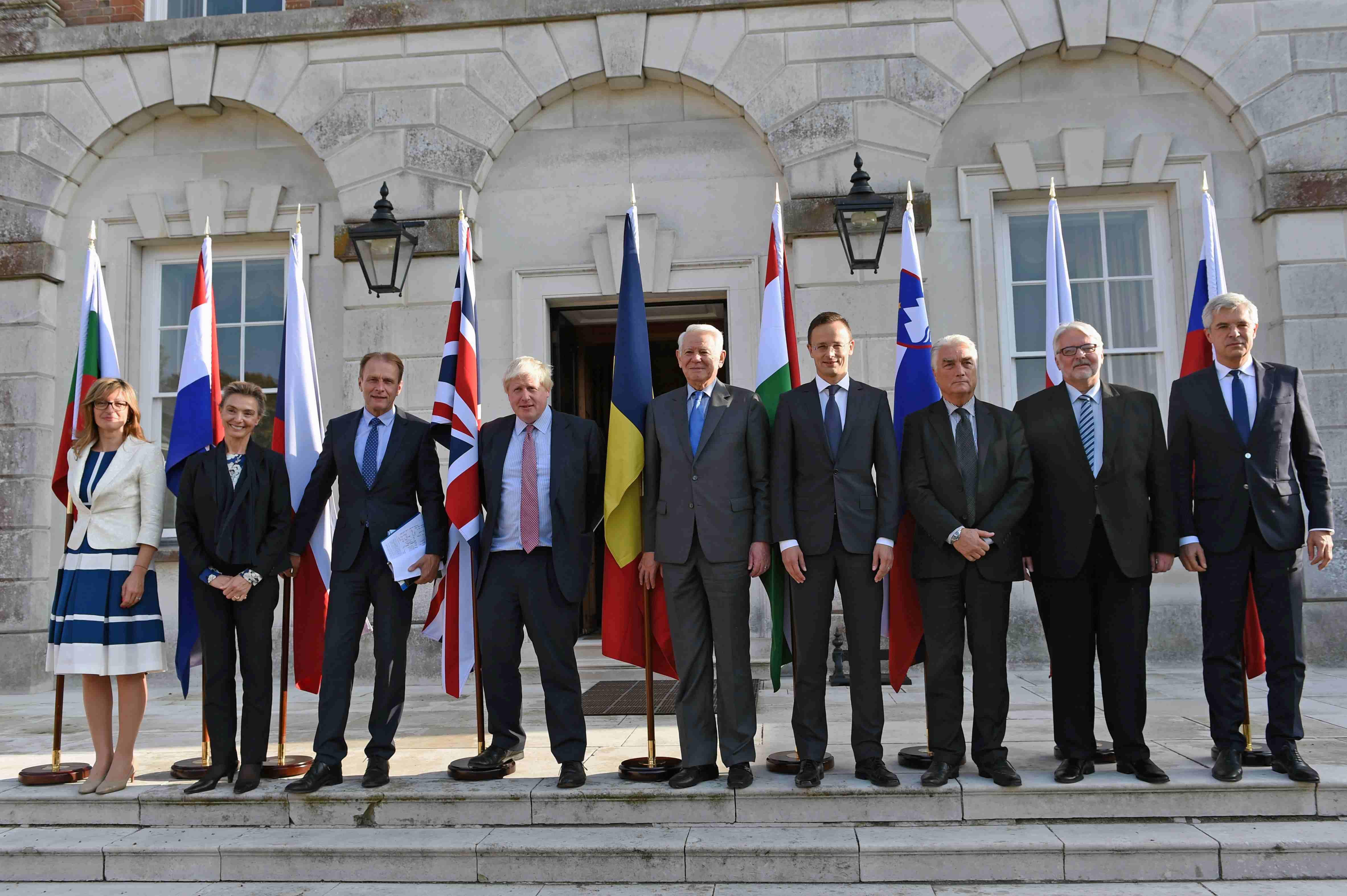 egyeztetési szolgáltatások Egyesült Királyságban rangsorolt találat dota 2 hogyan működik